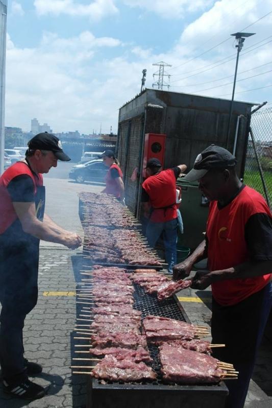 Buffets de Churrasco para 100 Pessoas na Praia Grande - Buffet de Churrasco Carne e Carvão