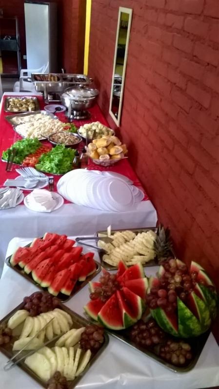 Churrasco com Saladas e Frutas em Empresas Jockey Clube - Festas com Churrasco em Empresas