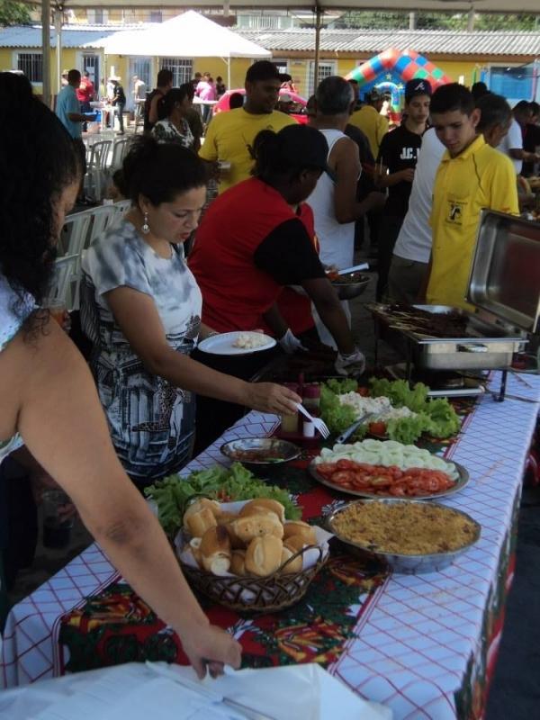 Serviço de Churrasco para Festa de Confraternização Preço Bela Vista - Serviço de Churrasco para Festa de Confraternização