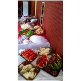 churrasco com saladas e frutas em empresas Jaraguá