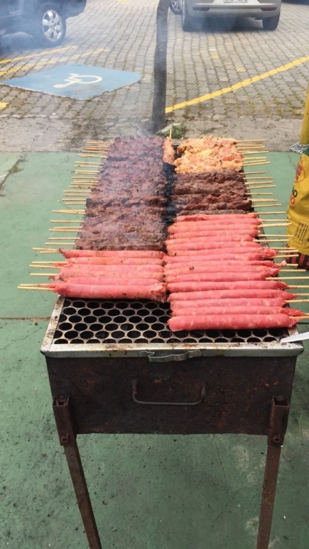 Venda de Espetinhos para Festa de Churrasco em Itanhaém - Espetinho de Linguiça para Festa