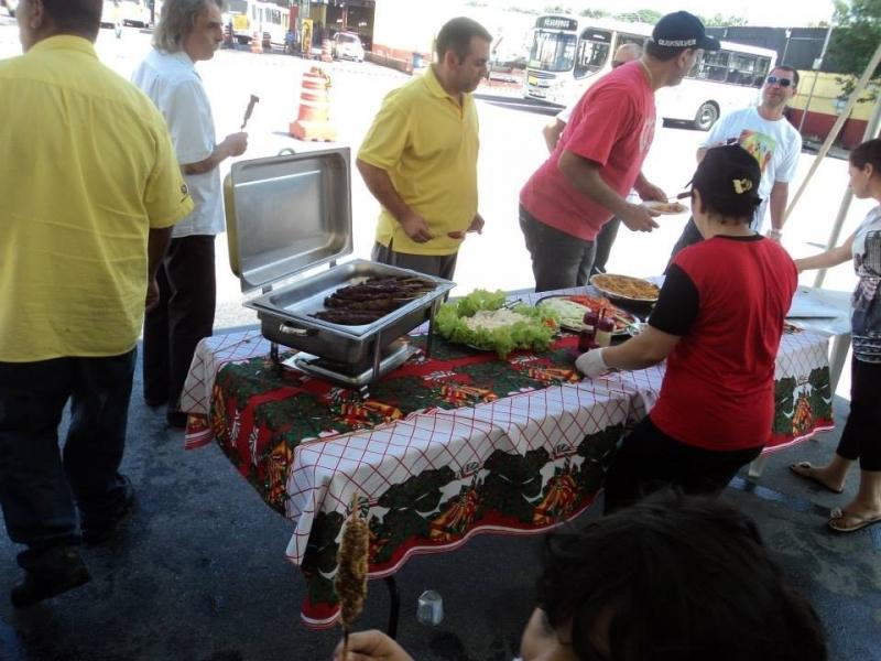 Festa de Churrasco com Churrasqueiro em Empresas Preço Jockey Clube - Festas com Churrasco Completo para Empresas
